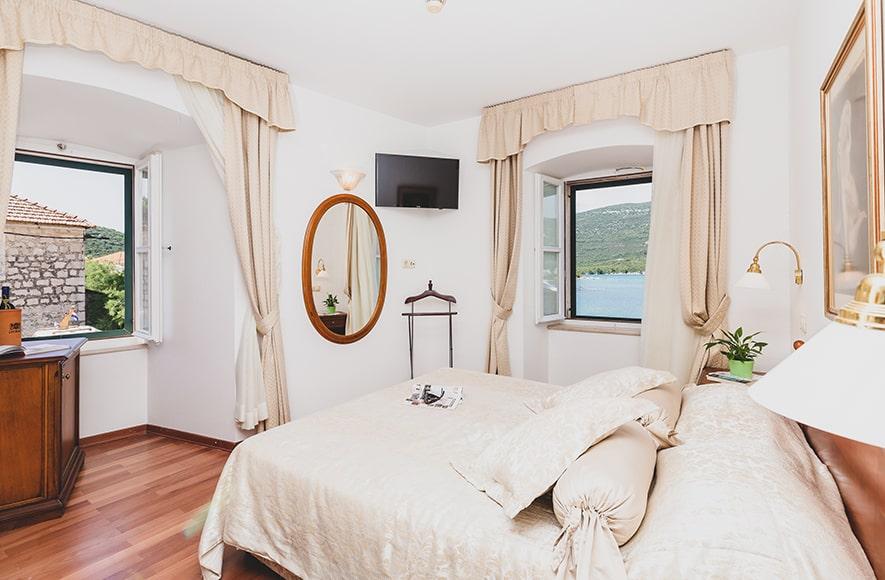 ostrea, hotel, rooms