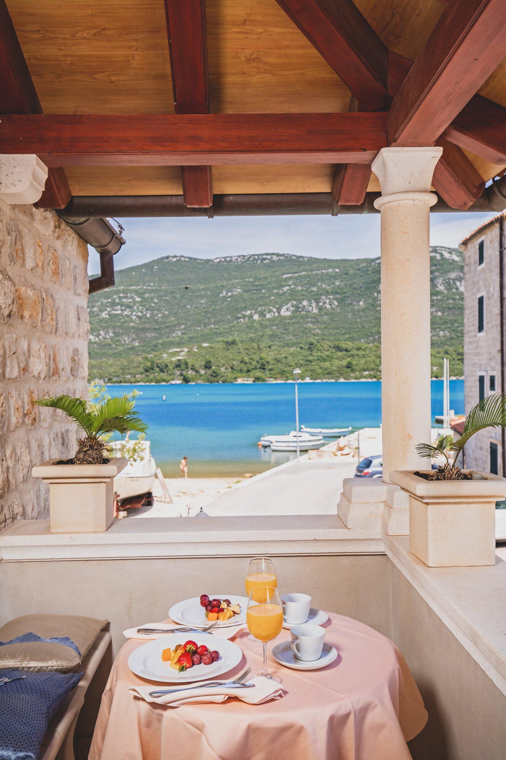 ostrea, hotel, breakfast